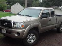 For Sale by owner 2007 4X4 Toyota Tacoma 4cyc 5 speed