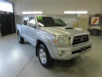 This 2007 Tacoma comes with a w/ 100% CARFAX Guaranteed