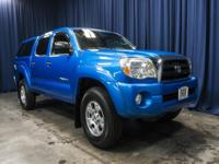 Clean Carfax 4x4 Truck with Matching Canopy!  Options: