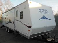 07 Trail Bay model TB29RL by Trail-lite She is a double