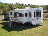 2007 Travel trailer, Crossroads Cruiser,31 ft.