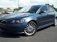 2007 Volvo S40 T5----Leather, Sun-Roof, Auto. Your