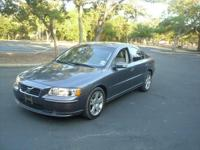 2007 Volvo S60 Sedan 4 door Sport Automatic leather