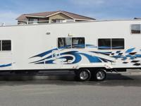 2007 WEEKEND WARRIOR FSC 2800. FULLY LOADED AND IN