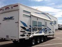 2007 Weekend Warrior LE3105 5th Wheel Toy Hauler