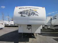 2007 Wildwood 296RLSS FRONT BED / REAR LIVING Fifth