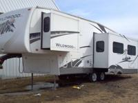 For Sale 2007, 24' 5th wheel camper. Model # 246RLBS