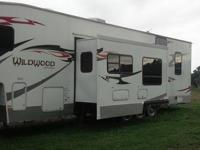 2007 Wildwood by Forest RiverXL Fifth Wheel Series