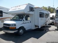 2007 Winnebago, Access, Model 31 C, with 1 Slide, Class