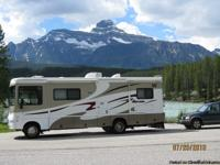2007 Winnebago Sightseer 29R, Gas Ford Tritin V10,