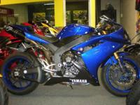 2007 Yamaha R1 in blue. This R1 has tons of extras