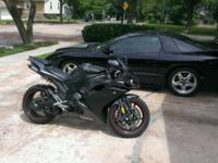 2007 Yamaha R1 Very sought after year R1 11k Miles -