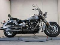 2007 Yamaha Road Star Low miles ready for more!!!!  IT