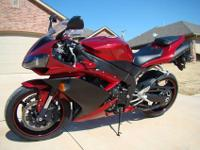 2007 Yamaha R1 with 4175 miles in Excellent condition