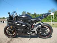 2007 Yamaha YZF R6 in Charcoal The most advanced