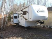 PRISTINE CONDITION 1 OWNER RV I bought it NEW at