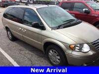 2007 Chrysler Town & Country Limited, 3.8L V6, Leather,