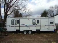 2007 Crossroads Sunset Trail Travel Trailer This barely