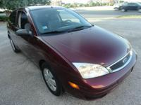 GREAT CONDITION 2007 FORD FOCUS SE 4dr SEDAN WITH 123K