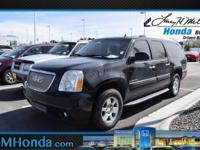 Delivers 18 Highway MPG and 12 City MPG! This GMC Yukon