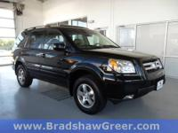 4WD, DVD i-VES, Heated front seats, Power moonroof, 3rd