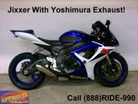 2007 Suzuki GSXR 600 sport bike - Red, white and Black.