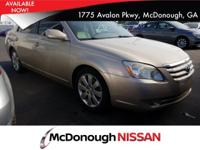 Come see this 2007 Toyota Avalon XL. Its Automatic