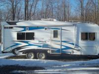 2007 Weekend Soldier Toy Hauler 1 Queen Bed 2 twin take
