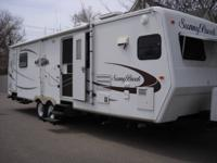 2007 SUNNYBROOK  33' travel trailer, one owner, 2