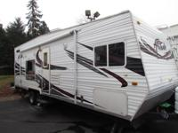 2008 29' ECLIPSE ATTITUDE TOY HAULER RV MODEL M-26FSAK
