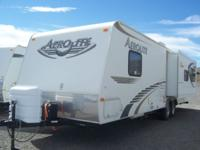 2008 29ft AeroLite Travel Trailer. Very lightweight! 4