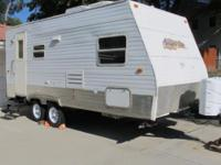 2008 Amerilite 19KD travel trailer by Gulfstream. Full