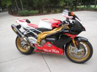 "2008 Aprilia FACTORY RSV1000 R ""Like NEW Condition"" No"
