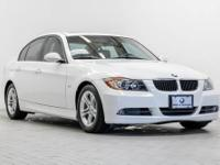 BMW of Honolulu proudly offers this beautiful 2008 BMW