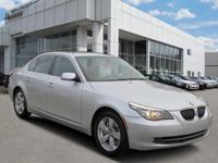 CLEAN CARFAX ... NO ACCIDENTS!, HEATED SEATS, MOONROOF