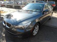 IN IMMACALUTE CONDITION 2008 BMW 528XI LOADED WITH
