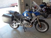 The 2008 R 1200 GS also gets a few sporty new features