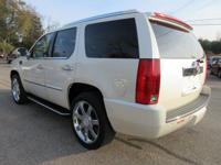 Options:  2008 Cadillac Escalade|White Diamond