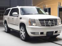 White Diamond Escalade ESV AWD, Check out the Clean