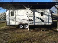2008 Shamrock 23b camper by Forest River. Great