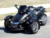 Discover the Y-Factor Can-Am Spyder roadster: the next