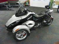 CLEAN 2008 CAN-AM SPYDER GS ROADSTER SM5 WITH ONLY 5700