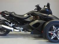 **** 2008 CAN AM SPYDER ROADSTER SM5 **********THE