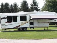 2008 Carriage Cameo 37RE3 38ft Fifth Wheel. Always