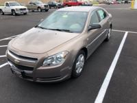 This 2008 Chevrolet Malibu LS in Amber Bronze Metallic