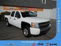 Exterior Color: white, Body: Pickup, Fuel: Gasoline,
