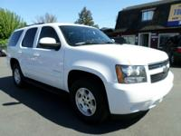 Options:  2008 Chevrolet Tahoe Lt 4X2 4Dr Suv|White|3Rd