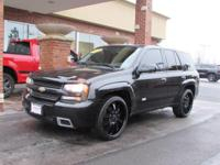 6.0 V8, AWD, LEATHER, HEATED SEATS, MOON ROOF, 22'