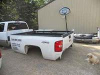2008 chevy truck bed 8ft ,,no rust with tail gate $800