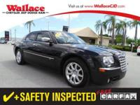 2008 CHRYSLER 300 SEDAN 4 DOOR 4dr Sdn 300C Hemi RWD
